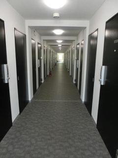 建物内部:館内入口より土足禁止となります。